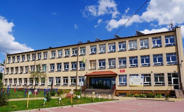 Zespół Szkoły Podstawowej, Przedszkola iGimnazjum wTumlinie
